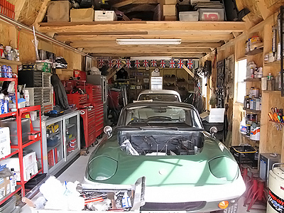英国車の専門ショップのガレージに! 大阪府のWELL'S AUTOさん ガレージ名:ヒューロンL型