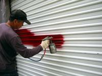 ガレージドアの塗装